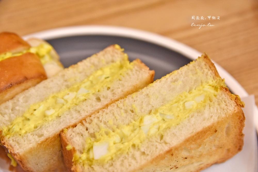 【民生社區不限時咖啡店】樂樂咖啡 呱吉推薦蛋沙拉三明治,甜點布朗尼也很好吃