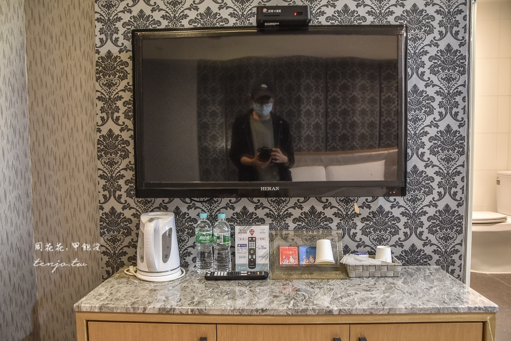 【屏東市平價住宿推薦】進成旅店 雙人房型附早餐一晚只要1,200元!近屏東夜市火車站