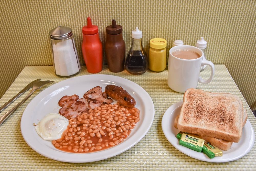 【英國美食推薦】Regency Cafe 攝政咖啡 倫敦高評價早餐店!正統英式早餐便宜好吃 @周花花,甲飽沒