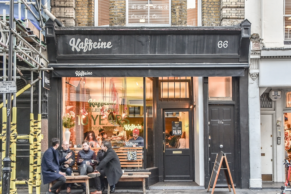 【英國咖啡店】Kaffeine 倫敦排名前三名咖啡館!私心最愛最推薦的一杯好喝卡布奇諾 @周花花,甲飽沒